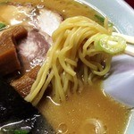 札幌ラーメン - 麺アップ