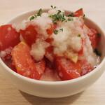 トンテキ食堂8 - トマトのサラダ(400円)