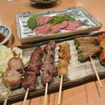 串松 - 料理写真:串盛り(一本150円前後)