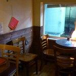 カフェバー プチプラム - 一軒家を改装した雰囲気