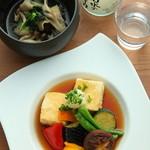 野菜たっぷり揚げ出し豆腐