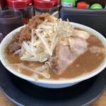 すずき家 - 料理写真:子豚ラーメン780円・味玉(クーポン利用)