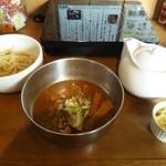 五十五番 - つけ麺ガールセット 790円。