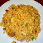 上海料理 寒舎 - 牛肉四川風辛味チャーハン