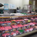 肉のムラセ - 内観写真:お客様のニーズに合わせた様々な商品をご用意しております