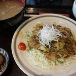 東銀座 羅豚 - 豚ピリ辛味噌炒め定食