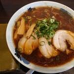 超多加水純手打ち麺 仁しむら - 料理写真:大盛ラーメン