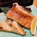 天下の台所大起水産 さしみと寿司の店 - サーモンかま焼き この量は嬉しすぎる♡
