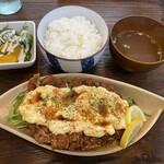 炭火焼鶏×デザート こてつ - 焼鳥屋のタレカツチキン南蛮850円