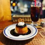 ホワイトバード コーヒー スタンド - クラシックプリン+アイス珈琲(ブレンドスタンダード)