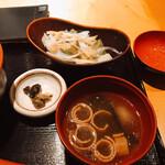 新宿 今井屋本店 - 椀とサラダ