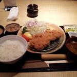 15858169 - 特選ロースカツ定食150g¥1380