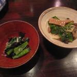 しらかめ - 実際は「六点盛り」となったうちの野菜料理の2品
