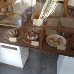 にちりん製パン - 店内