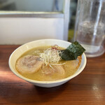 麺屋 蓮花 - 料理写真:チャーシュー麺 チャーシューとろとろで美味しい