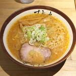 すみれ - 味噌 並盛 900円