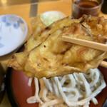 手打うどん 松屋 - 玉ねぎの天ぷら 80円