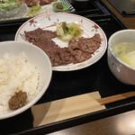 牛たん 仙台辺見 - 料理写真: