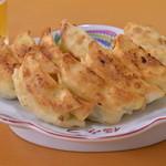 福みつ - 料理写真:餃子