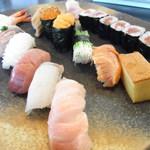 芝勝寿司 - 特選握りを頂きました。