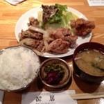 酔居 - 料理写真:Bセット(スタミナ焼き+唐揚げ) 750円