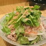 くらら - アジアっぽいサラダ