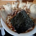 麺屋酒田inみなと - 料理写真:チャーシュー麺(700円也)  朝から山盛の肉、ニク、にくぅ‥(*´艸`)プッ