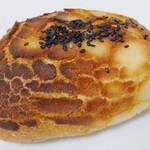 ブランジェリー ブリアン - お芋のタイガーバンズ(\168、2012年10月)