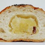 ブランジェリー ブリアン - お芋のタイガーバンズ(断面、2012年10月)