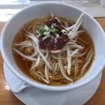 広東名菜 翡翠軒 - 飲茶の半ラーメン