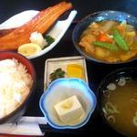 ほうせい丸 - 日替わり魚ランチ 700円 ホッケの干物と鳥肉のカレー煮(2012/11)
