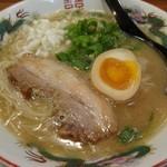 はなふく - 「鶏わりラーメン+味玉半分」(2012.11)