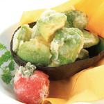 朝もぎ野菜Dining彩り家 - アボカドフリッター