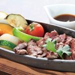 朝もぎ野菜Dining彩り家 - 鹿肉ステーキ