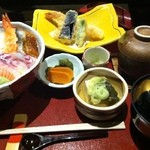 語らい旬処 たき乃蔵 - 海鮮丼
