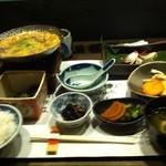 語らい旬処 たき乃蔵 - 牛肉柳川鍋膳