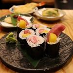 天ぷらと海鮮 ニューツルマツ - とろたく巻き(980円)