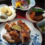 田舎 - メイン料理・鶏の塩焼き