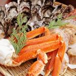 バーベキュー小屋 - 売り切れ御免!大人気の海鮮盛!牡蠣・ホタテ・サザエ等、仕入れによって内容が異なります。