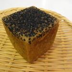 パンドウー - 料理写真:セサミ 170円