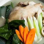 兄弟カルククス - タクハンマリ鶏一匹鍋(11月22日よりスタート)
