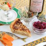 イカリヤ プチ - 料理写真:フランス惣菜盛り合せ