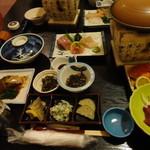 めぐみ山荘 - 料理写真:これに揚げたての天ぷらや熱々の茶わん蒸しなど登場します