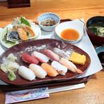 海鮮問屋 北の商店 - にぎり寿司と天ぷら膳