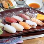 海鮮問屋 北の商店 - にぎり寿司