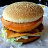 マクドナルド - 料理写真:形を整えたら商品写真に近くなった?