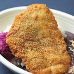 チキンシュニッツェル/Chicken Schnitzel