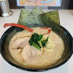 壱 - 料理写真:とんこつしょうゆラーメン