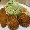 瀬戸 - 料理写真:コロッケ定食と白身魚のフライ