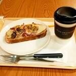 158894767 - ベーコンと茸トリュフの香り+ホットーコーヒーRサイズ